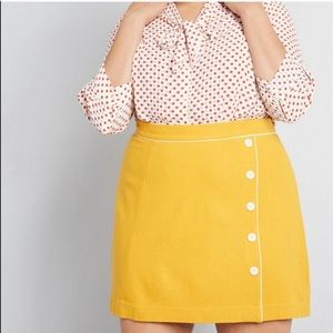 ModCloth Own the Era Wool Mini Skirt Size Large